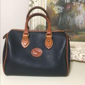Vintage Dooney and Bourke leather speedy bag